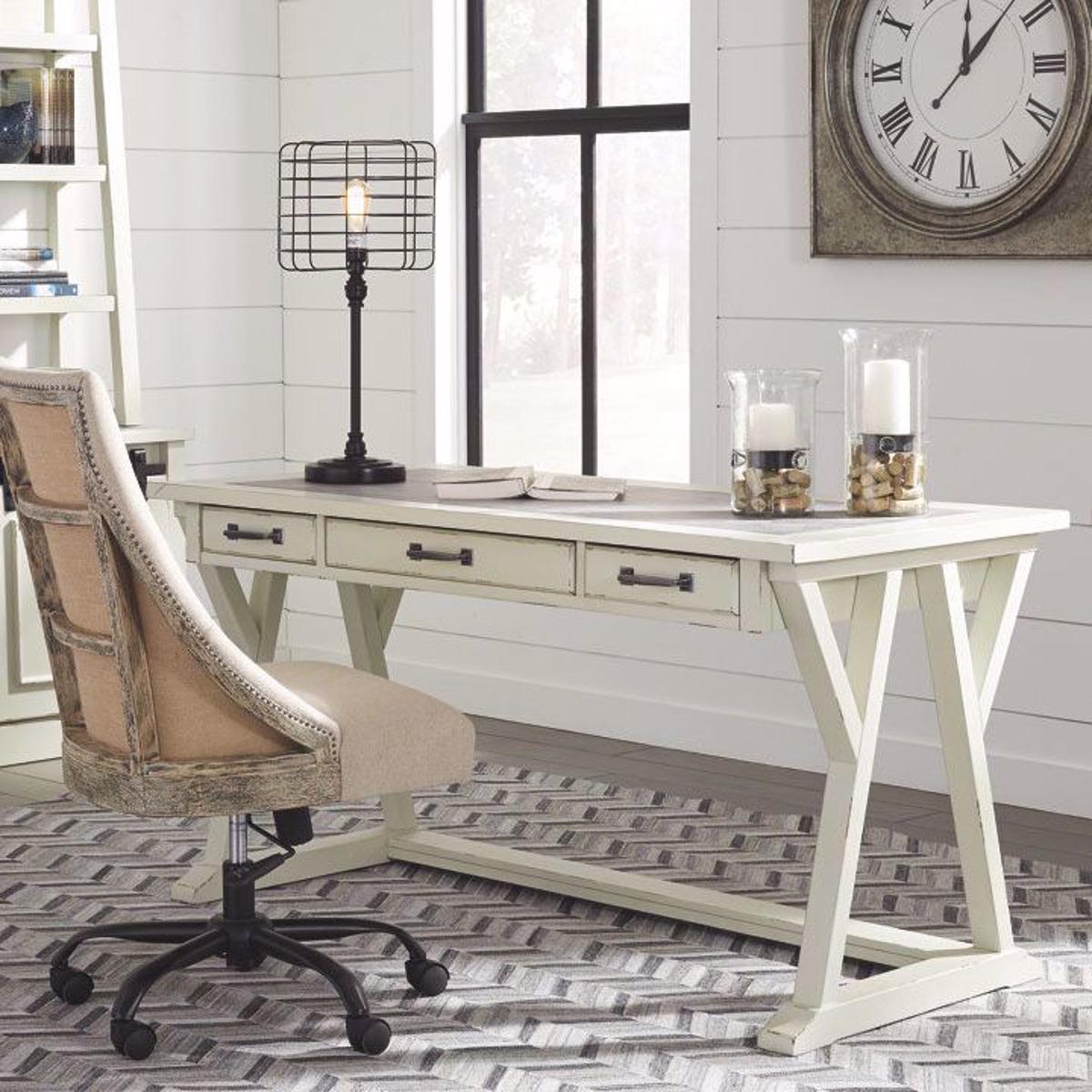 Picture of Fulton Cream Leg Desk